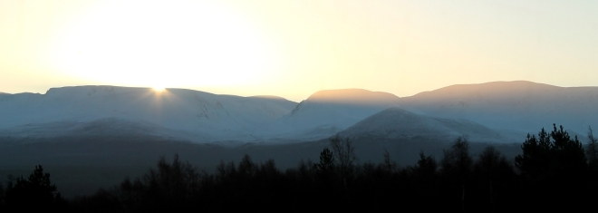 Cairngorm Golden light Dawn Winter Snow Clear Sky All Mountain Enduro SCotland