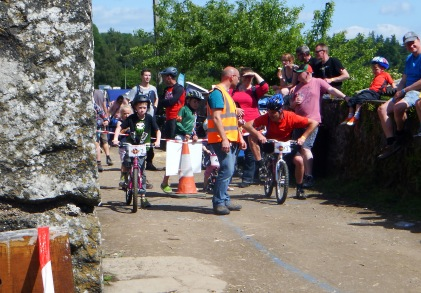 Kids Drag Race Comrie Cream o the Croft