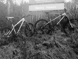mud-plugging-winter-riding