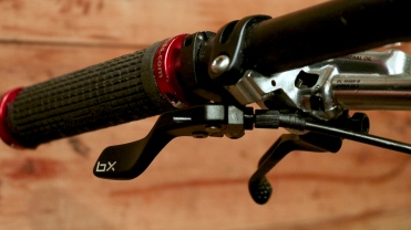 Ensure lever does not foul brake levers